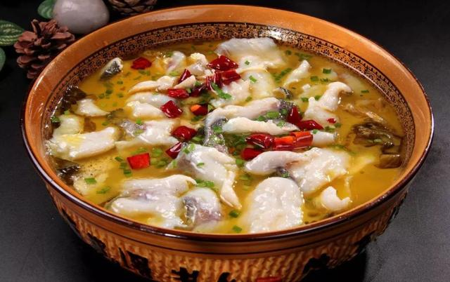When making boiled fish, do not add kimchi, remember these two tips, boiled fish is tender and not fishy