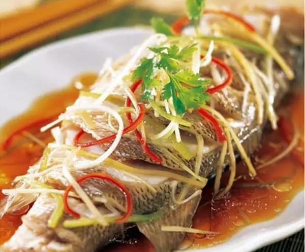 These four steamed fish tricks have been learned. The steamed fish you made can ensure the taste is fresh and tender.