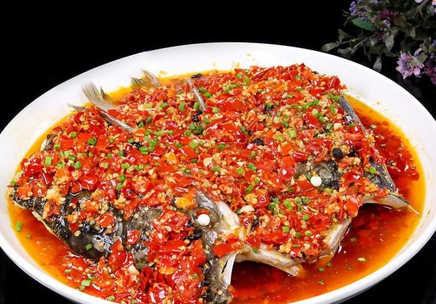 The practice of 15 Hunan dishes, the taste is hot and sour, and the taste is delicious.