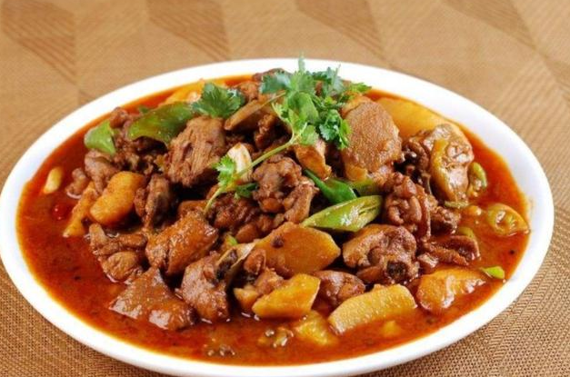 Delicious on the tongue: Xinjiang large plate chicken, delicious meat, easy to learn