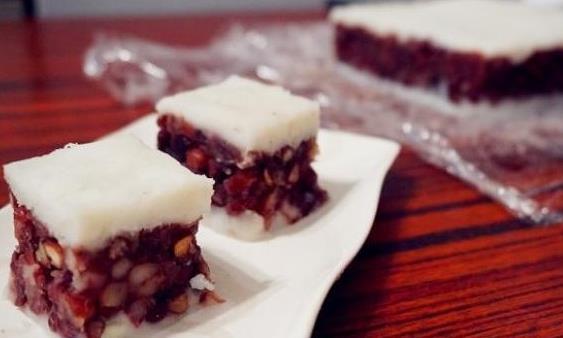 Red bean yam cake