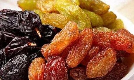 These kinds of dried fruits are good for eating, and the price is not expensive